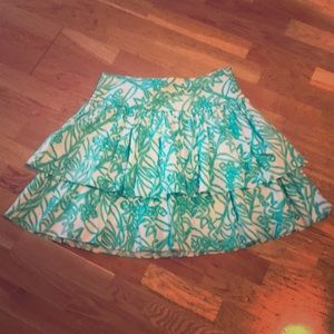 Milly green and white design skirt sz 10
